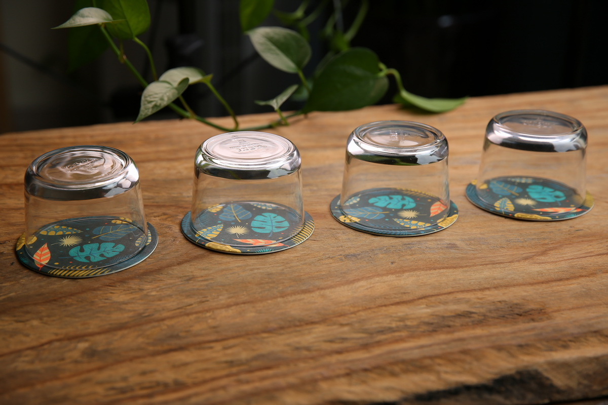 Leaves Pulp Board Coasters in Circle Shape